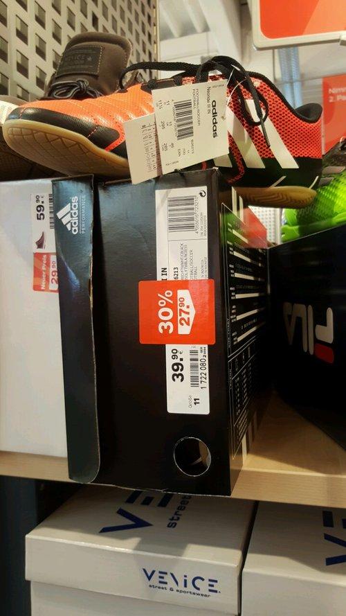 Adidas Fussballschuhe Neoride III IN großen. 46 - jetzt 30% billiger