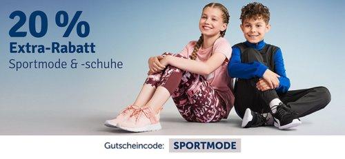myToys 20 % Extra-Rabatt auf Sportmode & Sportschuhe: z.B.  PUMATrainingsanzug für Jungen Blau/Rot (164-176) - jetzt 18% billiger